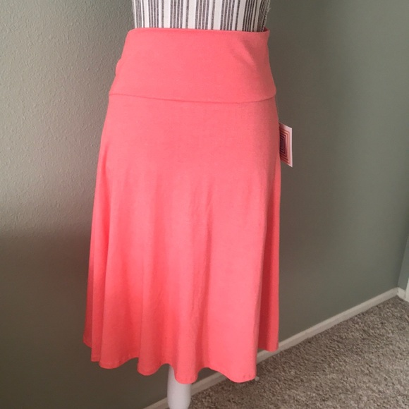 LuLaRoe Dresses & Skirts - Coral mid level skirt, cozy, true to size